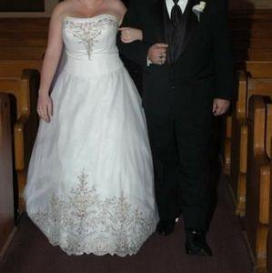 Oleg Cassini Wedding Dress 2 Piece Corset /A line